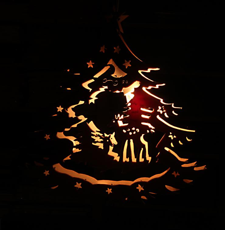 fensterbilder weihnachten beleuchtet beleuchtet fensterbild weihnachtsglocke seiffener kirche. Black Bedroom Furniture Sets. Home Design Ideas